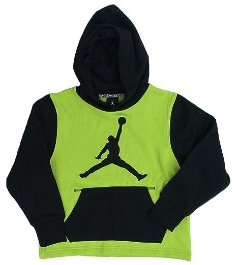 dd252a392b00 Amazon.com  NIKE Jordan Big Boys  (8-20) Jumpman Pullover Hoodie ...