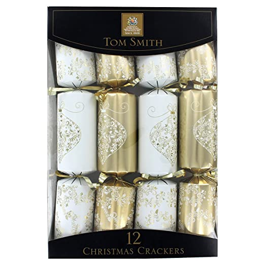 Christmas Tablescape Decor - Elegant Gold and Cream Print 12 Tom Smith Christmas Crackers