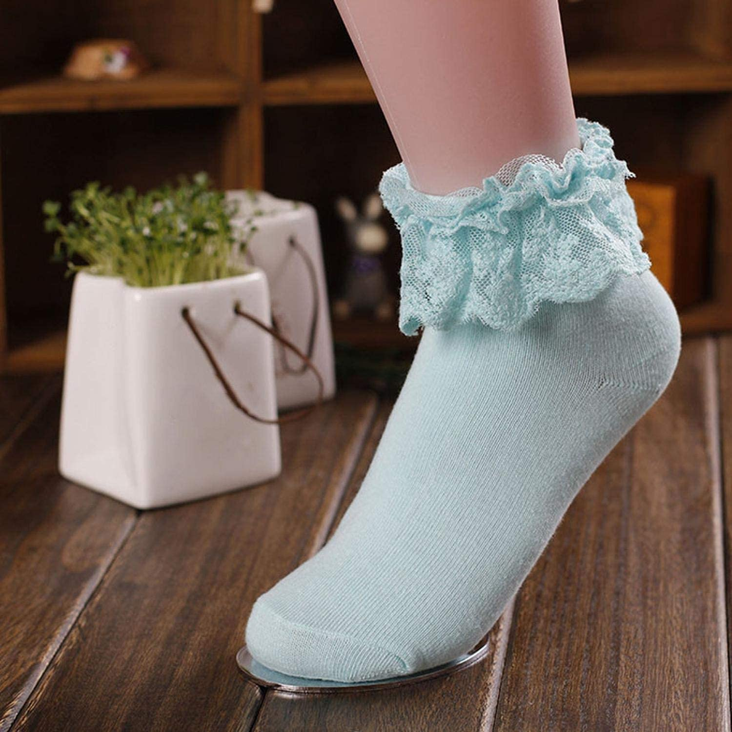Women Vintage Lace Ruffle Frilly Ankle Socks Princess Girl Cotton Sock