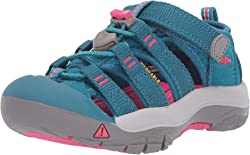 Top 10 Best Hiking Shoes For Kids (2020 Reviews & Buying Guide) 5