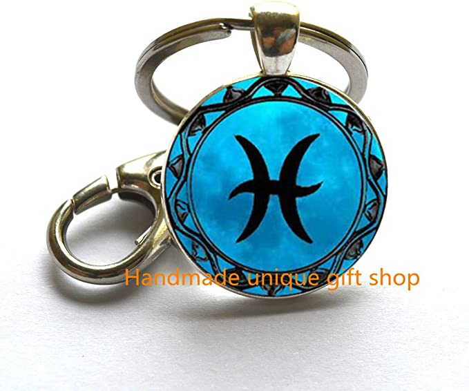 Pisces Black Glass Zodiac Key Ring,Pisces Moon Keychain Charm,Pisces Jewelry,Birthday Gift,Astrology,TAP213