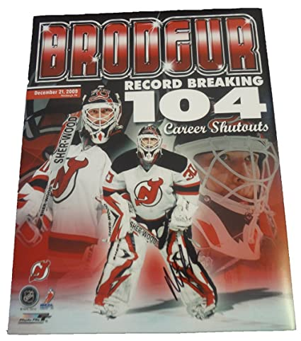 Martin Brodeur Autographed New Jersey Devils 11x14 Photo W PROOF ... 955462015