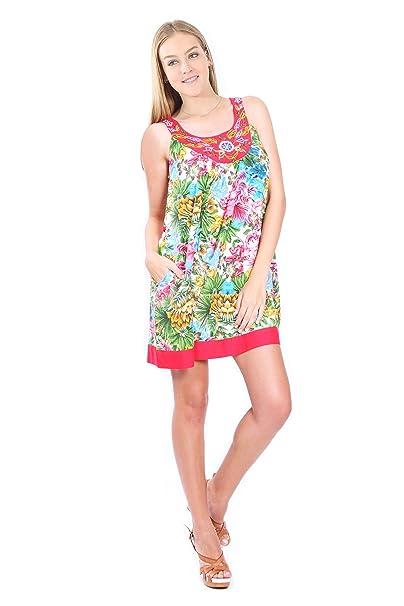 70e9b96533 Village Venture Vestido Corto de Tirantes con Bordado Y Estampado Floral  Mod. 5214 (Rojo