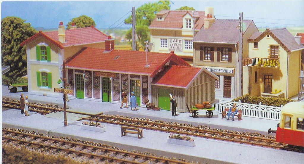 Hornby France MK510 - Maqueta de estación de tren de Fay-aux ...