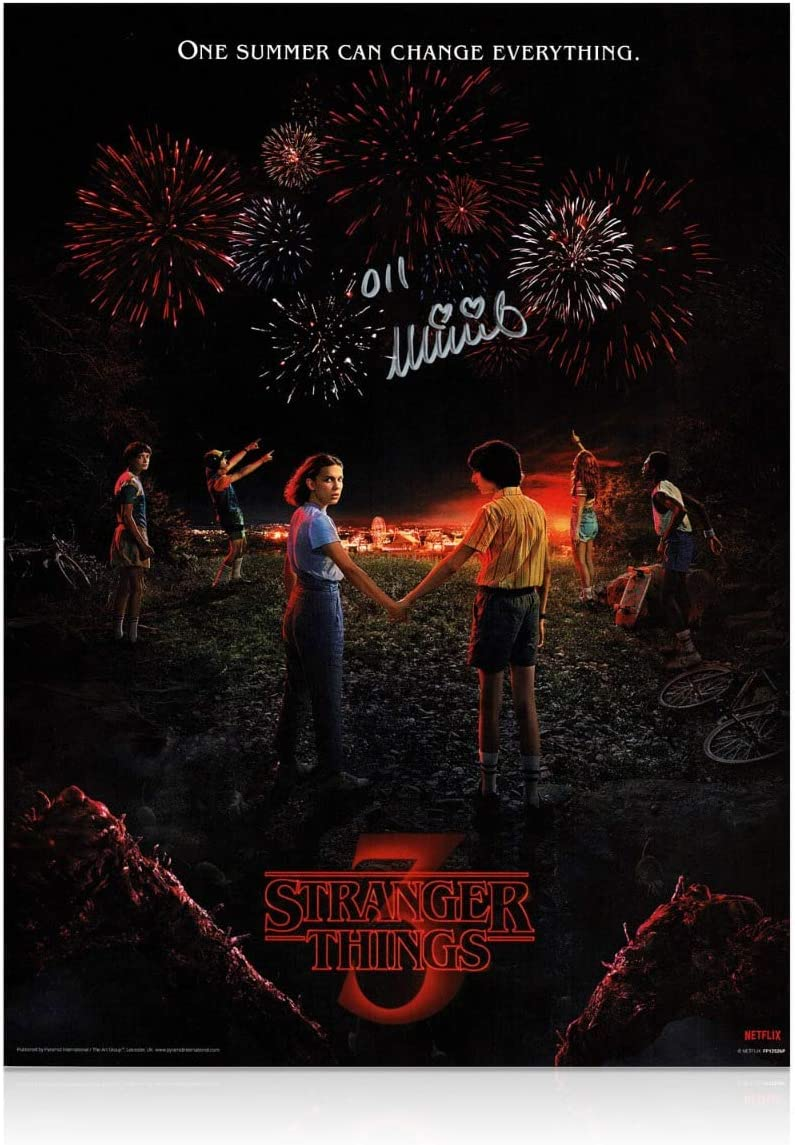 Cartel de Stranger Things 3 firmado por Millie Bobby Brown: Amazon.es: Hogar