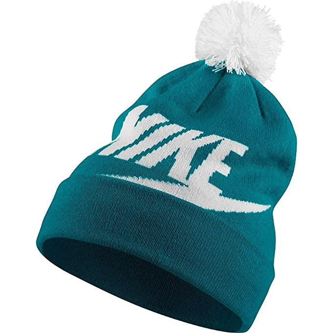 99ccb1adaea Amazon.com  Nike Swoosh Womens Beanie (Blustery White)  Sports ...