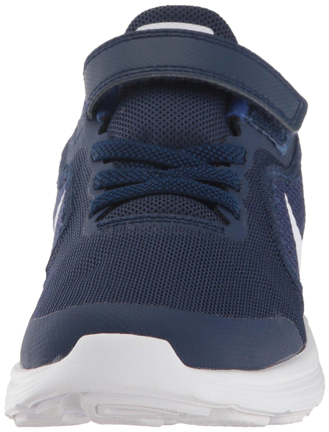 747aea5a0ae7 Nike - Revolution 3 Psv - 819414406 - Color  Azul marino-Blanco-Negro -  Size  28.5  Amazon.es  MainApps  Libros