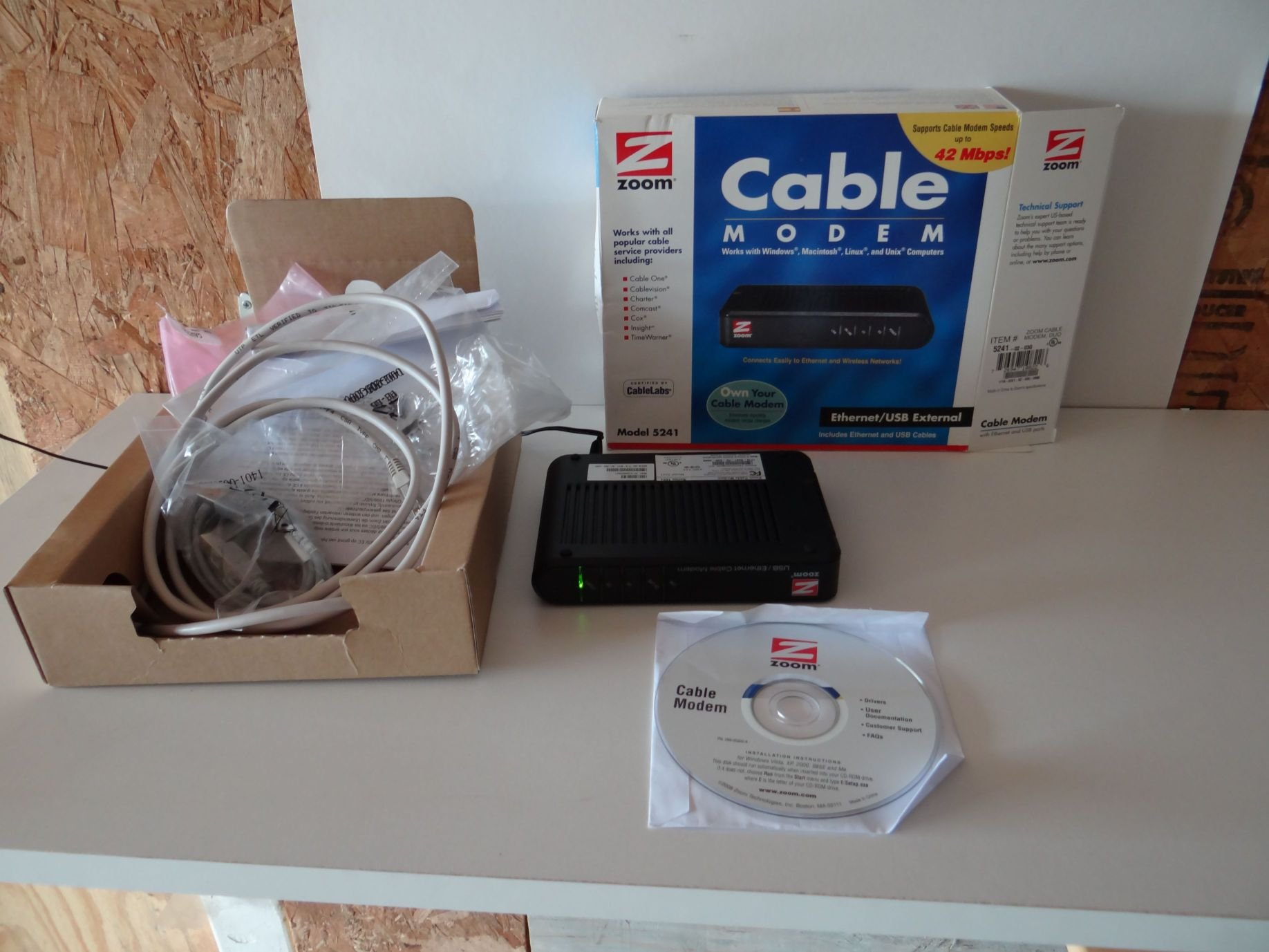Zoom 5241 Cable Modem USB Ethernet