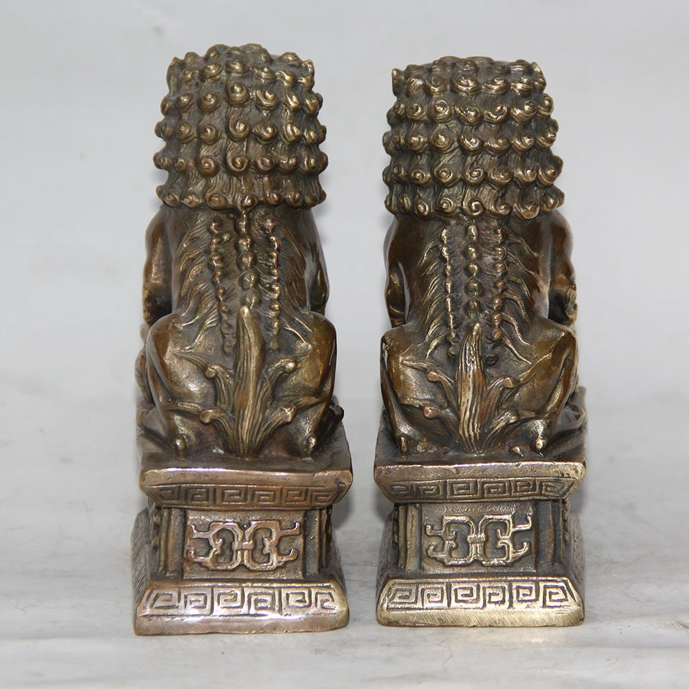 Un par de estatuas Chinas de Bronce Tibetano para Perros y Leones de la Bestia YUNHAO