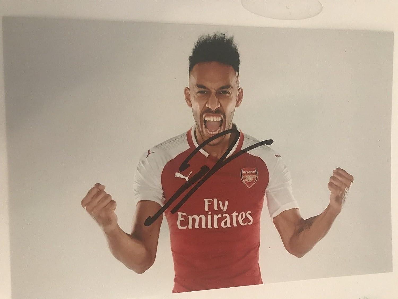 Pierre-Emerick Aubameyang Signed 6 X 4 Inch Soccer Photograph. Genuine Autograph. COA! Free Frame! Soccer Partners