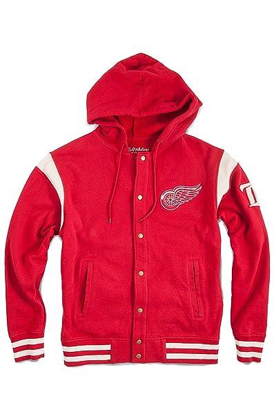 Amazon.com: American Aguja y alas rojas con capucha Varsity ...