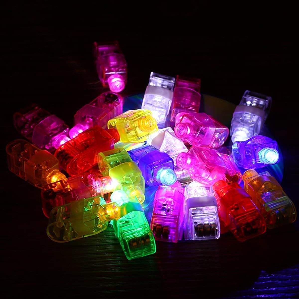 UUOUU LED Finger Lights Pack of 50 Super Bright Finger Flashlight Toys for Christmas Festival Party Decor by UUOUU (Image #3)