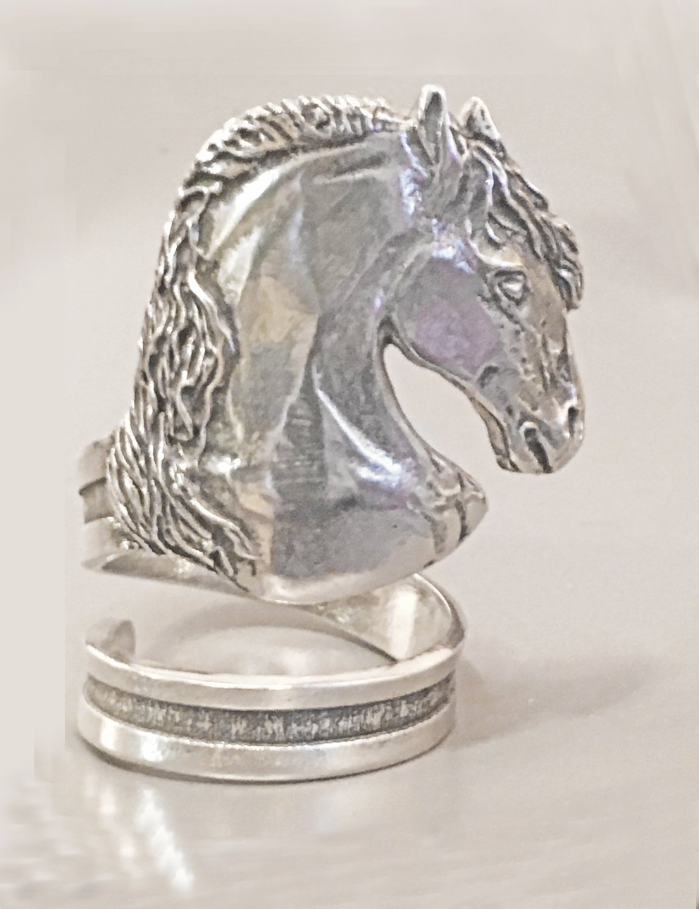 Horse Lady Gifts Stallion Horse Napkin Rings, set of 4 in pewter