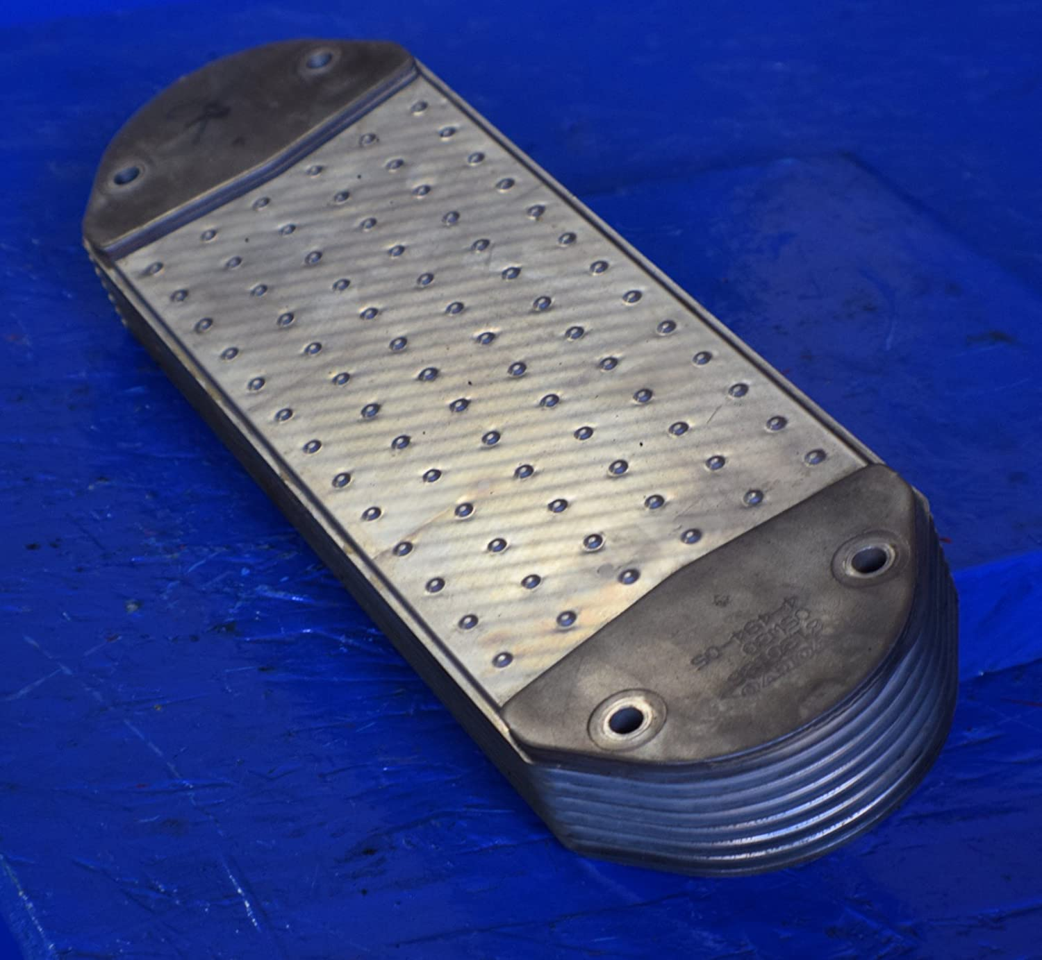 Amazon com : VOLVO D12 VED12 ENGINE OIL COOLER 8130186 NO