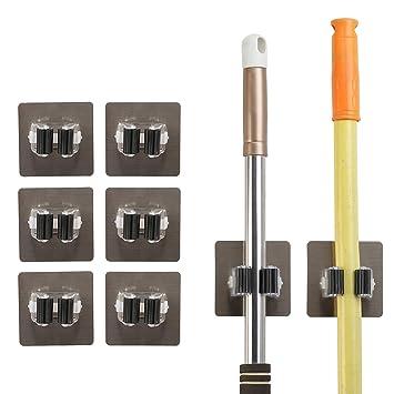 MEZOOM Colgador de escobas 8pcs soporte fregonas sujeta cepillo de plástico y plateado sin perforar para organizar y colgar las herraminetas limpias ...