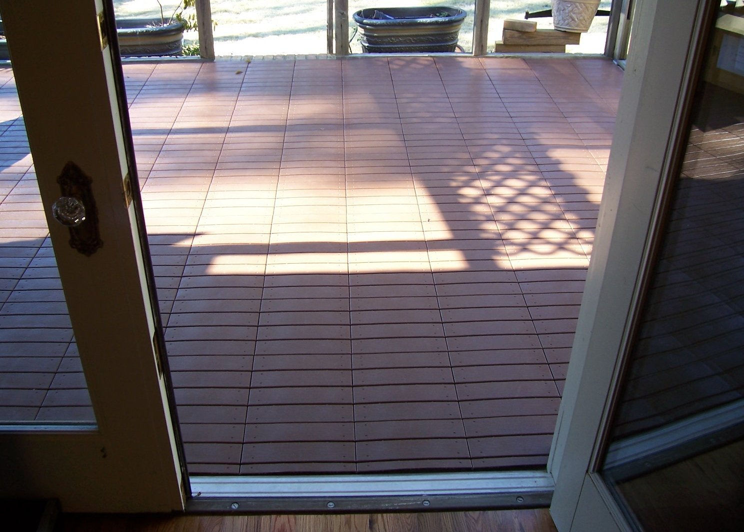 Amazon box of 48 tiles each easylink deck tile is 12 x 12 amazon box of 48 tiles each easylink deck tile is 12 x 12 3rd generation quick amp easy outdoor or indoor flooring for all hard home kitchen baanklon Image collections