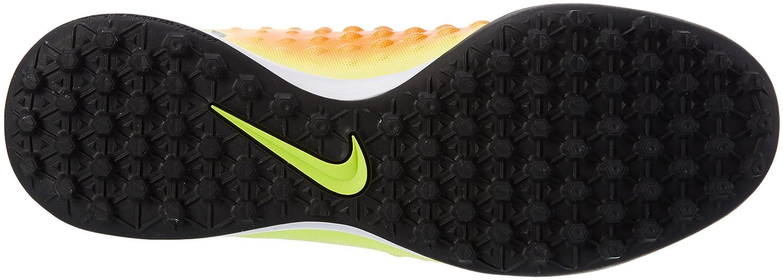 best service 9a743 ade81 Nike Magistax Onda II TF, Botas de fútbol para Hombre  Amazon.es  Zapatos y  complementos