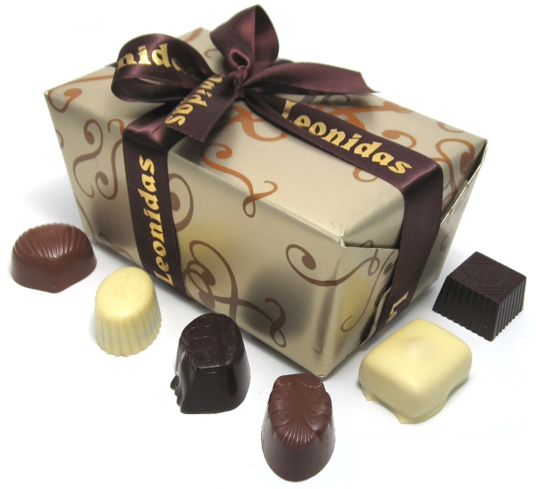 Luxury Chocolate Valentine Gift Box: 60 Assorted Leonidas Belgian ...