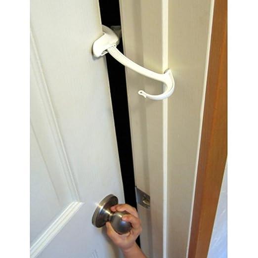 DOOR MONKEY Door Lock & Pinch Guard - Safety Door Lock For Kids - Baby Proof Door Lock For Bedrooms, Bathrooms & Kitchens - Easy, Convenient & Simple To Install - Very Portable - Great For Dogs & Cats