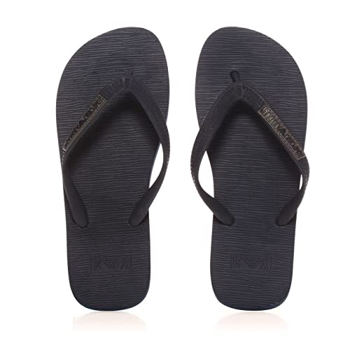 b1ab8e33905cbd Emporio Armani Underwear Men Flip Flops - Navy Blue  Amazon.co.uk  Shoes    Bags