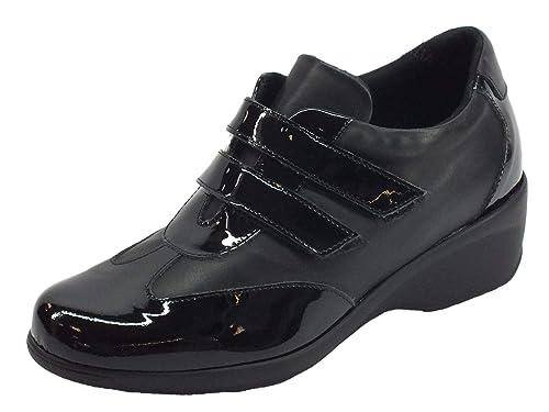 Cinzia Soft Sneakers Confort Donna in Pelle e Vernice Nera  Amazon.it   Scarpe e borse 153b060049e
