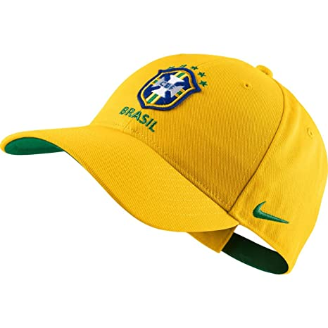 233598bc Image Unavailable. Image not available for. Color: Nike Brasil Core Cap