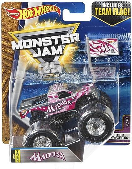 Amazon Com Hot Wheels Monster Jam Tour Favorites 3 10 Madusa With Team Flag Toys Games