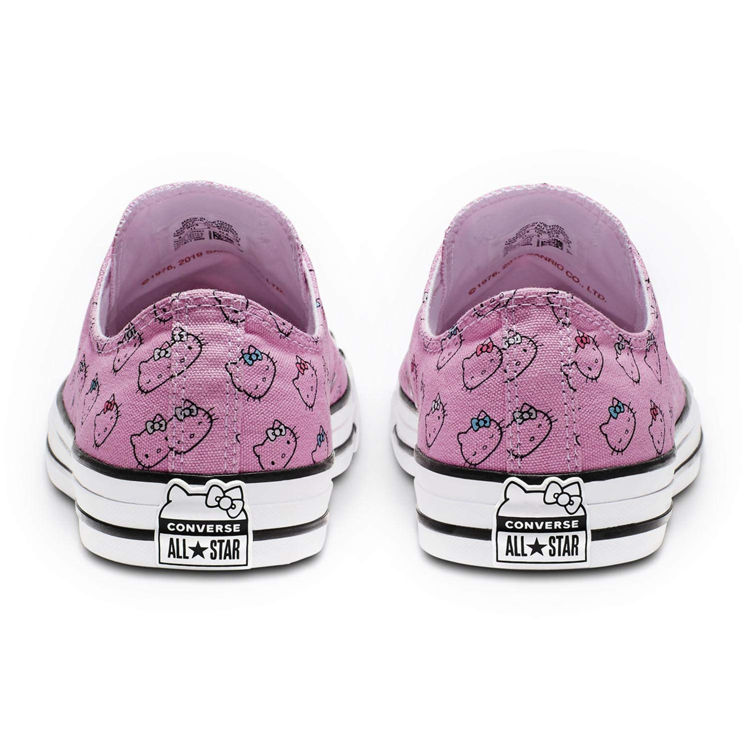 9d9948c8cf Amazon.com | Converse Chuck Taylor All Star Lo Hello Kitty Fashion Sneakers  | Fashion Sneakers