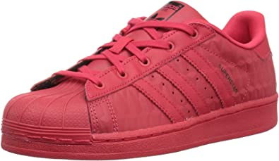 Garantizar piel Centro de niños  Amazon.com: adidas Originals Superstar Triple - Zapatillas para niños,  color rojo: ADIDAS: Shoes