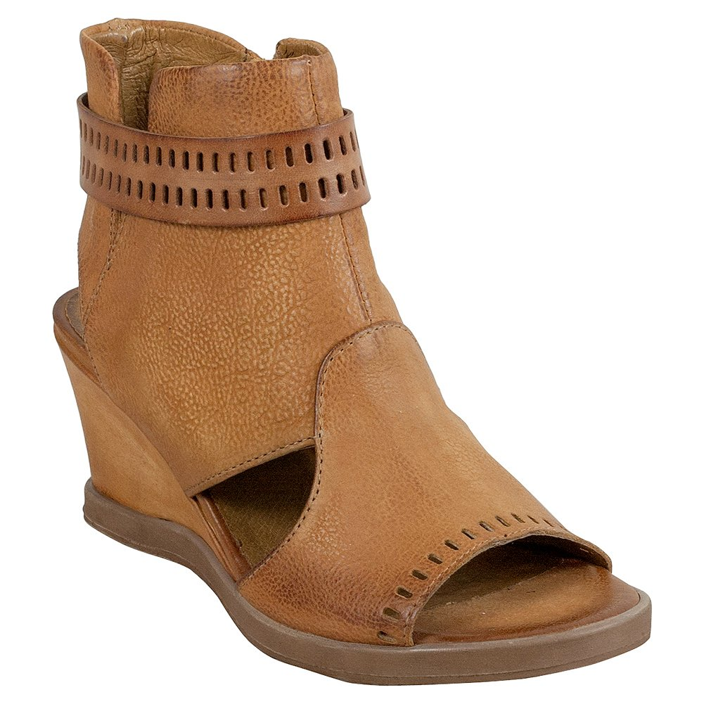Miz Mooz Brianne Women's Sandal Wedge B0796X6Z1C 37 B EU Wheat