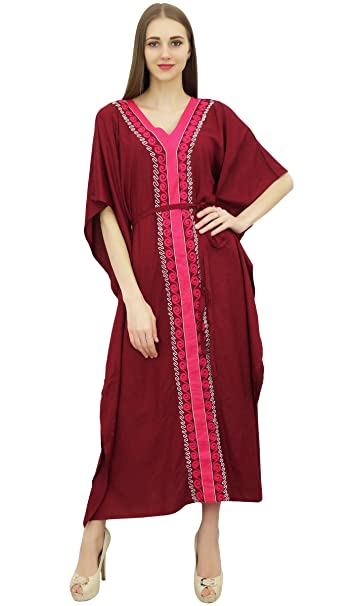 Bimba Vestido largo con estampado de kimono granate de Vestido largo con estampado de kaftan de