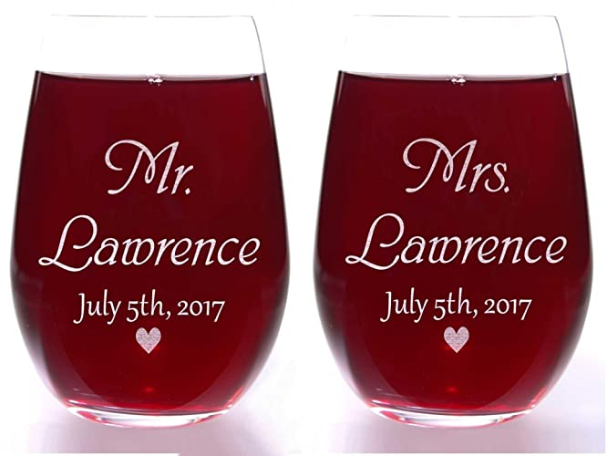 Amazon Com Valentine S Day Gift Mr And Mrs Heart Stemless Wine