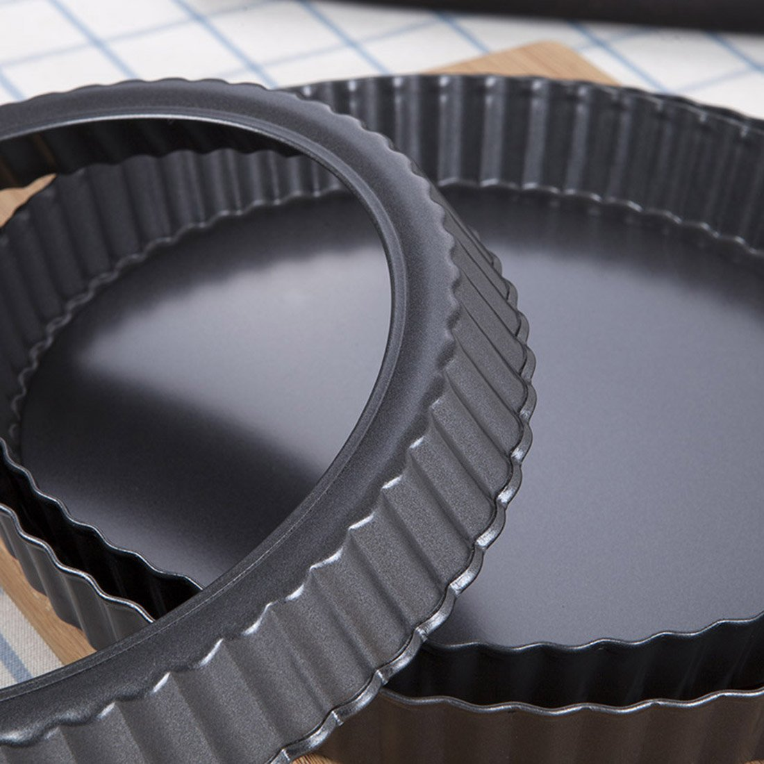 Tosnail 2 Pack Non-Stick Quiche Pan Tart Pan with Removable Loose Bottom - 9 Inch by Tosnail (Image #3)