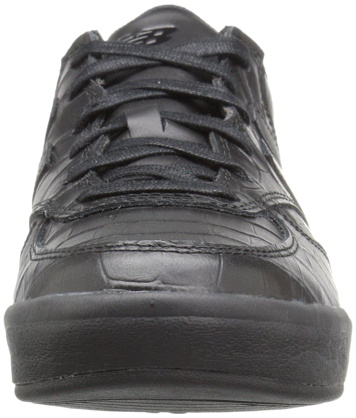 New Balance Women's 300v1 US|Black/Black Sneaker B01NAMVU1U 9 D US|Black/Black 300v1 b39d16