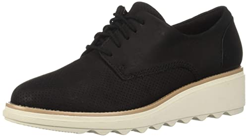 CLARKS Women's Sharon Crystal OxfordReview