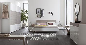 Camera Da Letto Bianco Laccato : Composizione per camera da letto matrimoniale color bianco laccato