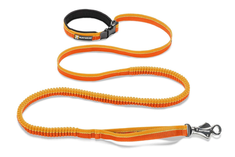 Ruffwear Elastische Hundeleine, Taillengürtel zum Laufen, Spazierengehen oder Wandern, Alle Hunderassen, Roamer Leash Länge: 1 7 m - Dehnbar bis 2 1 m Rot (Red Currant)