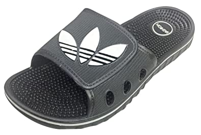 b87ebe6d462f Image Unavailable. Image not available for. Colour  Omen Crocs Men s Flip  Flop ...