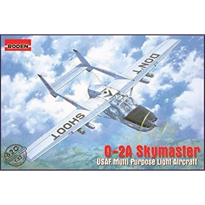 Roden 620 Model Kit Cessna O 2 A Skymaster: Toys & Games
