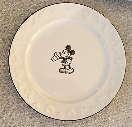 amazon com disney mickey mouse sketch salad plate set of 4 new