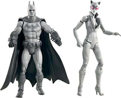 BATMAN ARKHAM CITY LEGACY BATMAN AND CATWOMAN