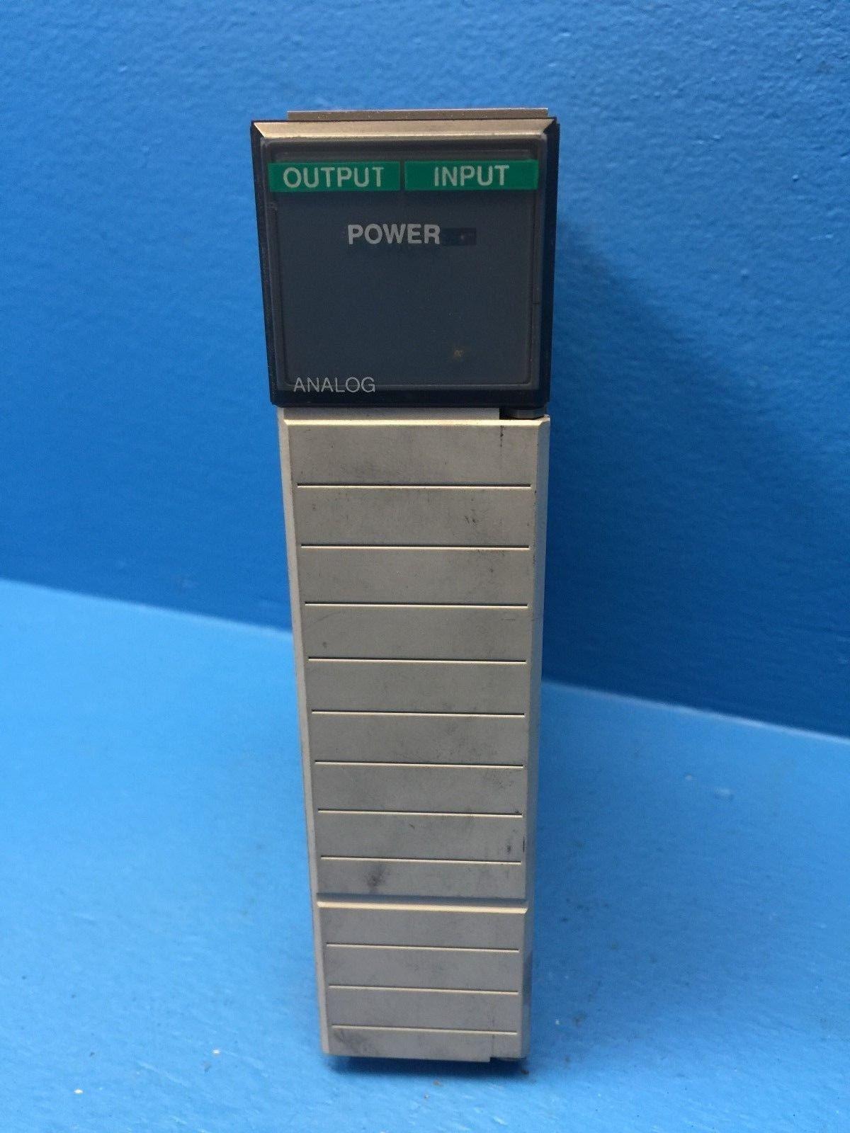 Allen-Bradley 1746-NIO4V Analog Combination I/O Module