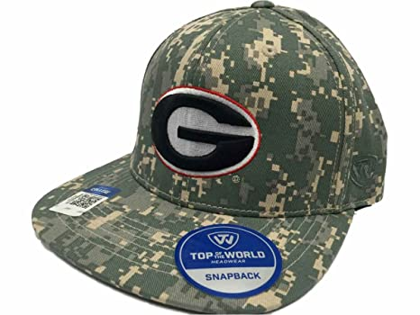 premium selection 350f5 97121 Image Unavailable. Image not available for. Color  Top of the World Georgia  Bulldogs Tow Digital Camouflage Patriot Snap Adjustable Snapback Hat Cap