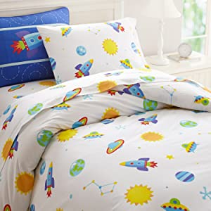 Wildkin Kids 100% Cotton Full Duvet Cover for Boys and Girls, Features Button Closure and Four Interior Corner Ties, Duvet Covers Measures 88 x 88 Inches, BPA-free, Olive Kids (Out of this World)