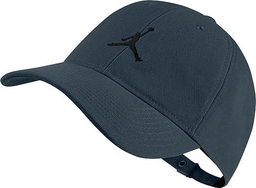ae5fe10889a Nike Jordan Men s Heritage86 Adjustable Strap-Back Hat Navy Black (One Size)