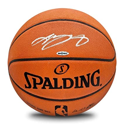 huge selection of ad3b4 a5588 LeBron James Signed Basketball - Official Game Authentic ...