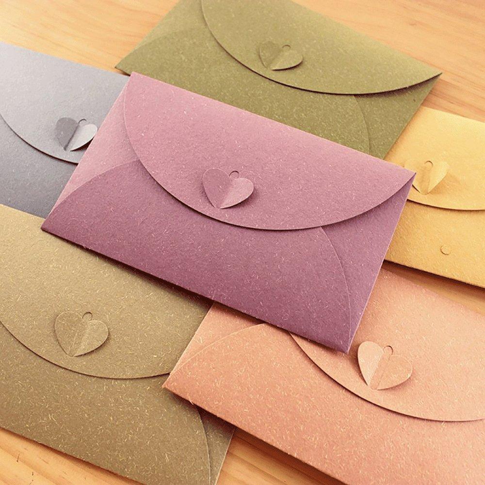 20 buste da lettera in carta kraft colorata con sistema di chiusura a forma di cuore 20pz