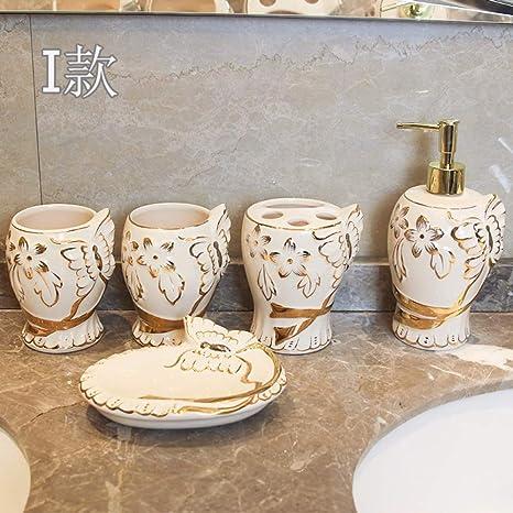 Juego De Accesorios De Baño Arte Moderno 5 Piezas Mano Tallado Golden Flores Butterfly Emboss Blanco