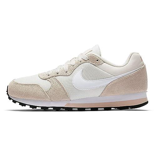 Nike Damen WMNS Md Runner 2 Fitnessschuhe, GrauSilberfarben