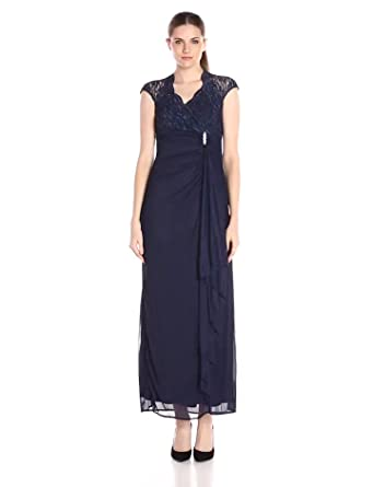 d81a32ac633 Amazon.com  ONYX Nite Women s Long with Lace Sweetheart Neck Side ...